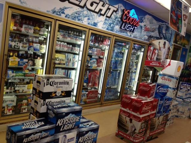 Eastland Food Mart: 926 E Main St, Eastland, TX