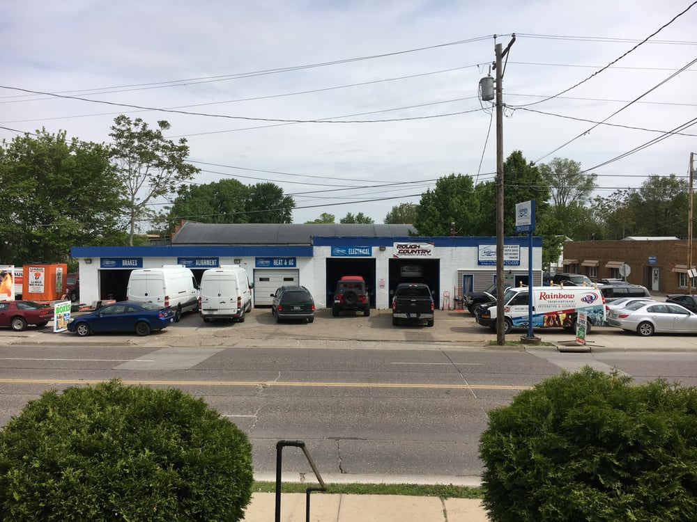 Jim Whan's Automotive Central: 1615 18th Ave, East Moline, IL