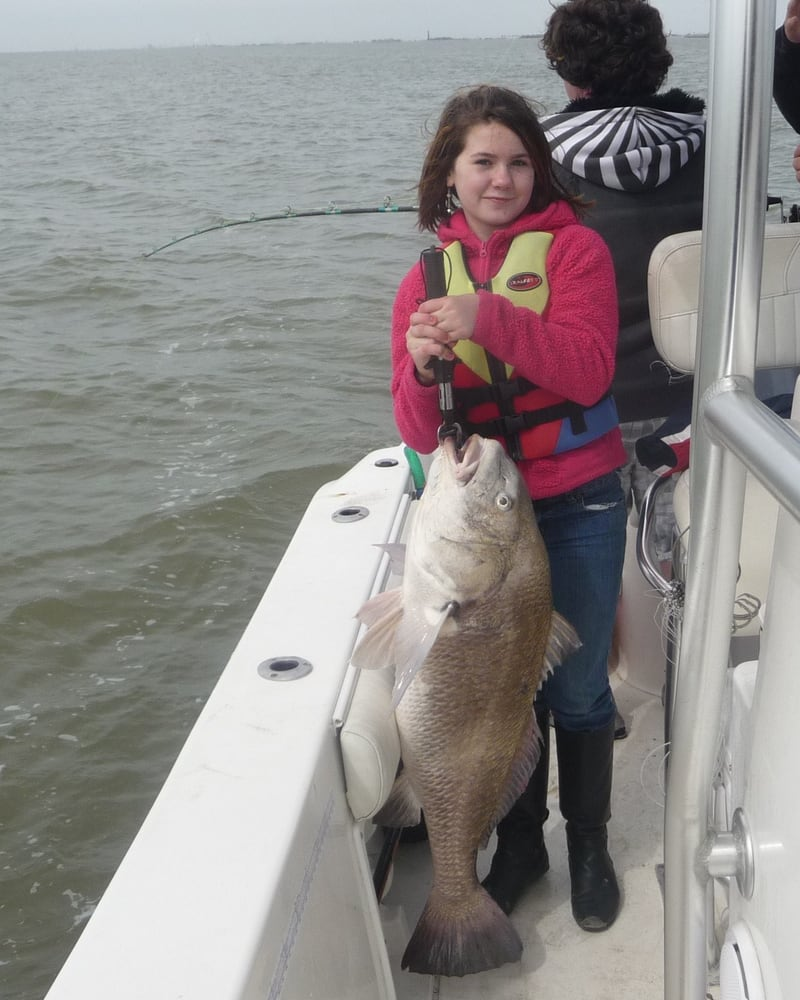 Showing those boys onboard how girls do it nice big for Get hooked fishing charters