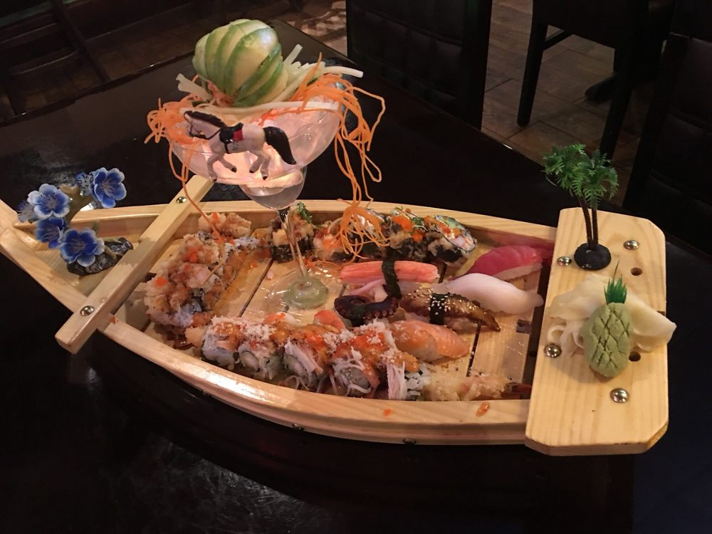 Sushi King: 2078 N Richmond Rd, McHenry, IL