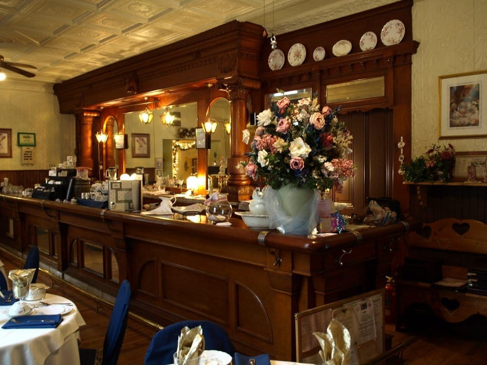 Jessica's Tearoom: 6916 Weaversville Rd, Northampton, PA
