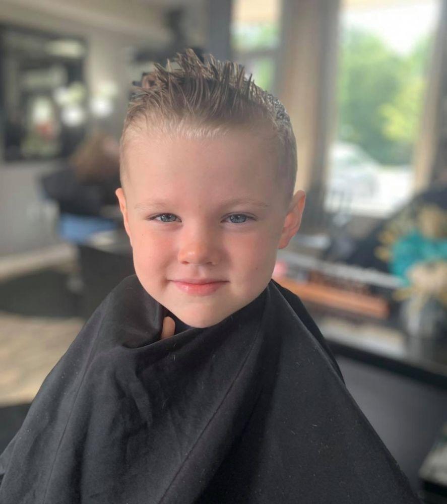 The Mane Frame Hair Salon: 2094 Fairview Blvd, Fairview, TN