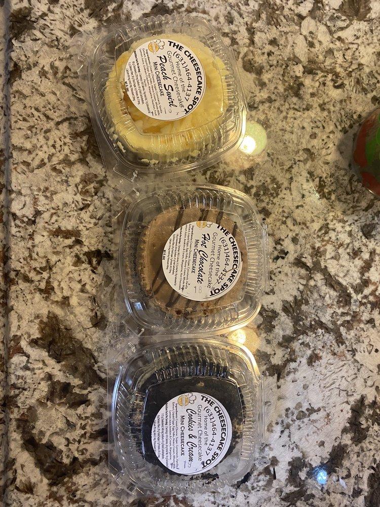 Cheesecake Spot: 201 Bdwy, Amityville, NY