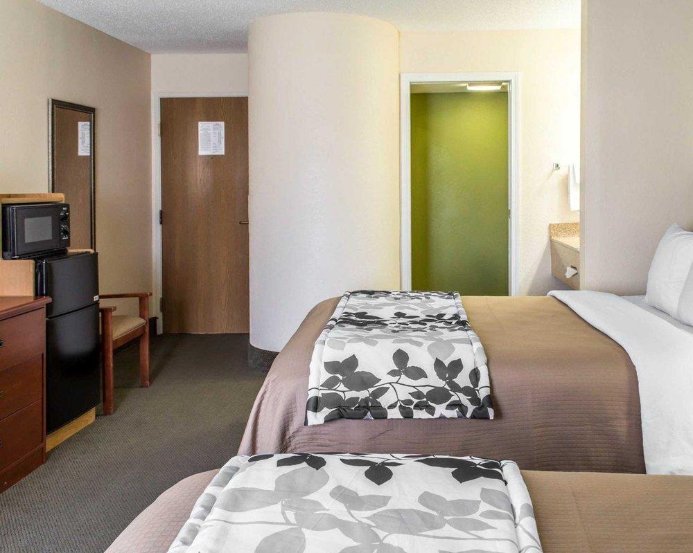 Sleep Inn: 135 Nye Circle, Wytheville, VA