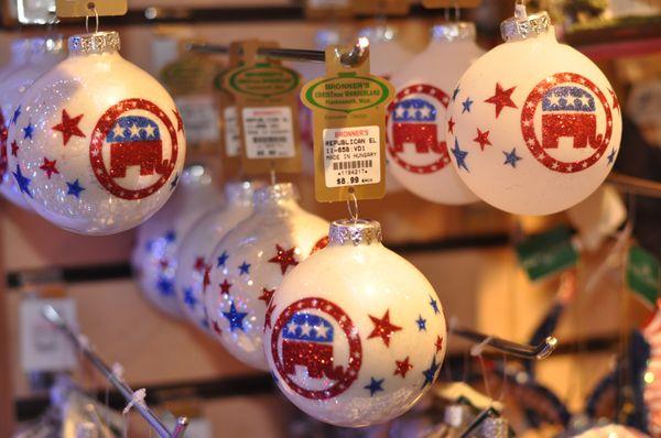 Bronners Christmas.Bronner S Christmas Wonderland 886 Photos 297 Reviews