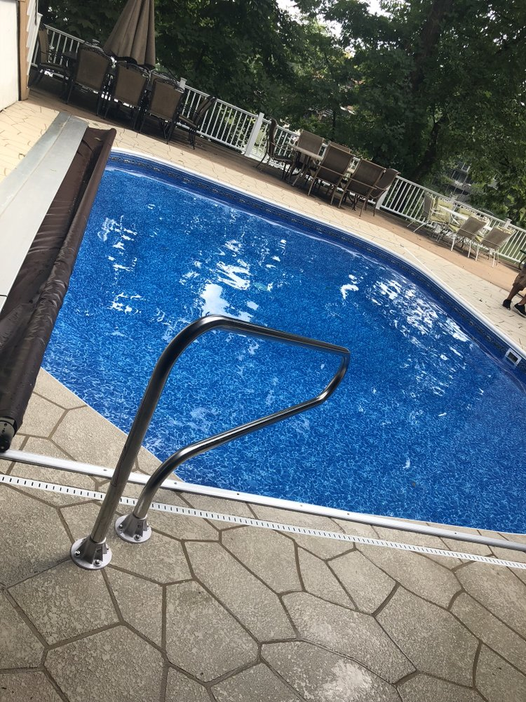 Paradise Pools: 8178 Alpine Ln, Crown Point, IN