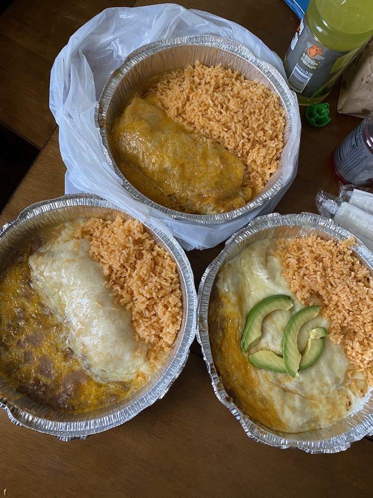 El Mexicano Restaurant: 848 S Hwy 89, Mount Pleasant, UT
