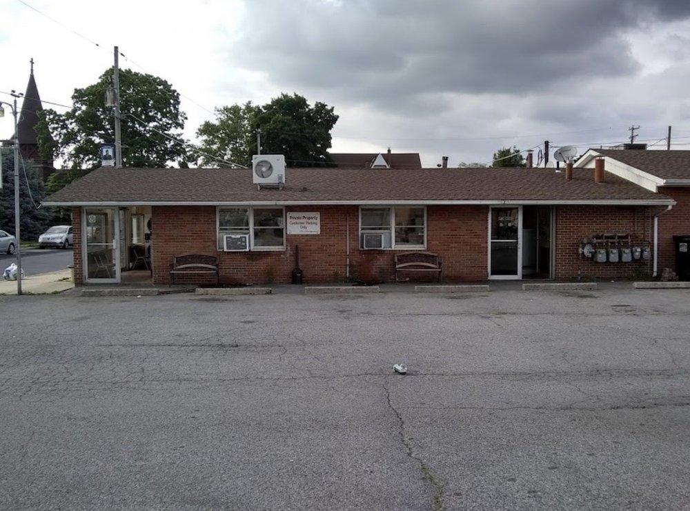 Birdsboro Speedwash Laundromat: 125 N Mill St, Birdsboro, PA