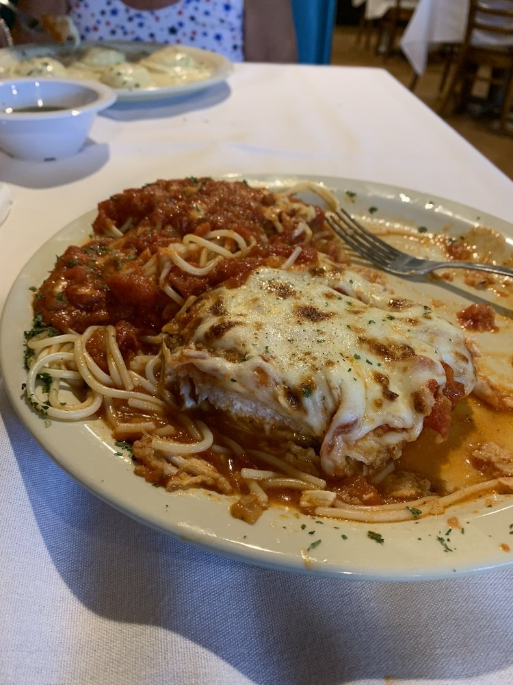 Johnnys Italian Restaurant: 14471 North East 23rd Street, Choctaw, OK