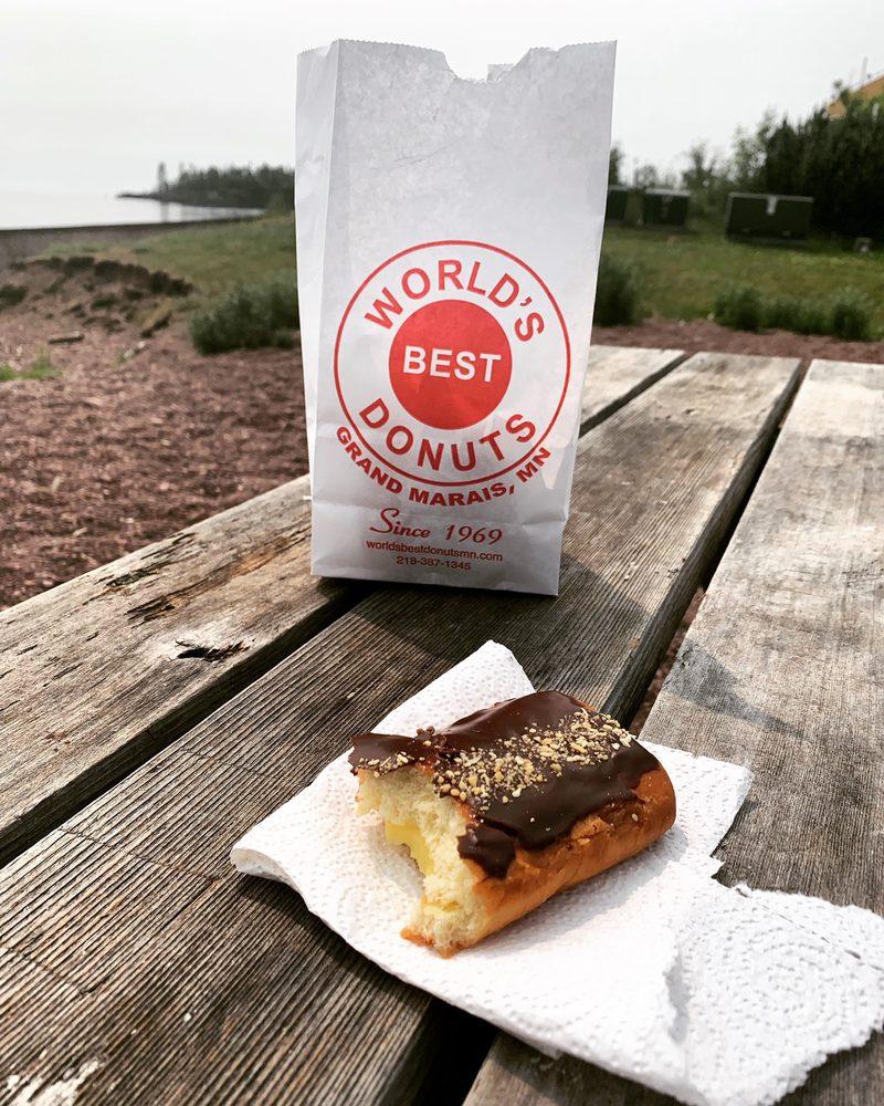 World's Best Donuts: 10 E Wisconsin St, Grand Marais, MN