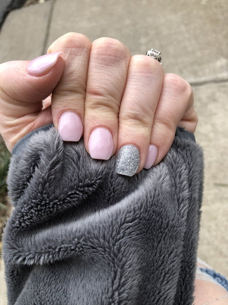 California Nails: 350 Fairfax Pike, Stephens City, VA