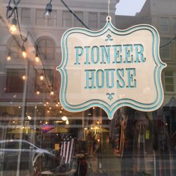 Pioneer House Of Letterpress Design 18 Photos Used Vintage