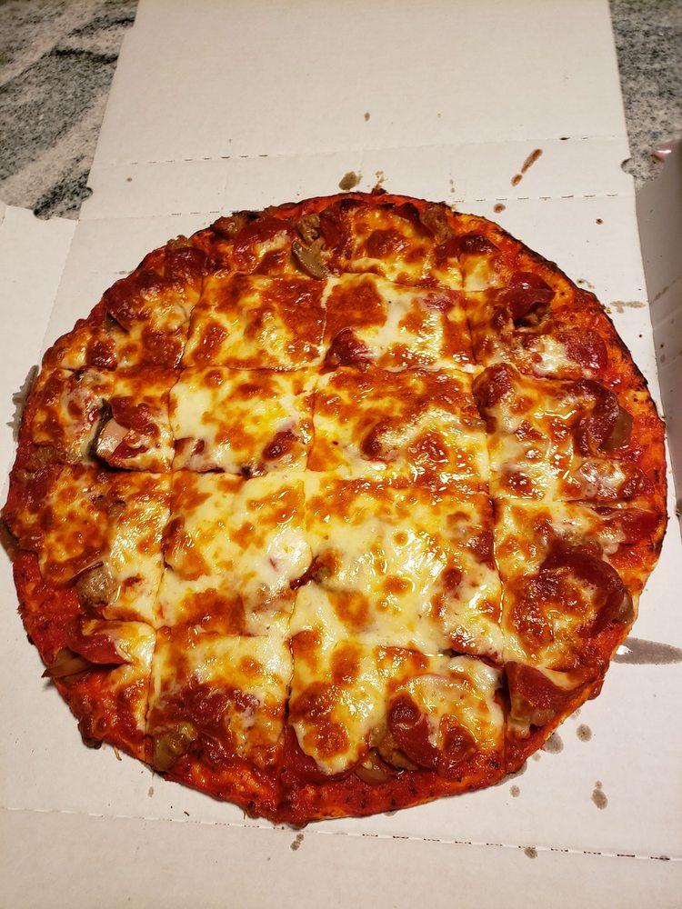 Wiseguys Pizza & Pub: 7095 20th Ave S, Centerville, MN