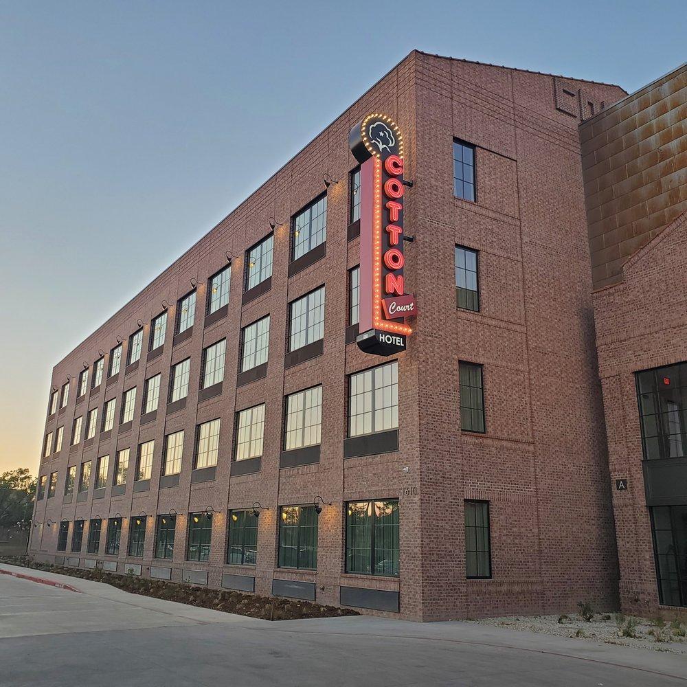 Cotton Court Hotel: 1610 Broadway St, Lubbock, TX