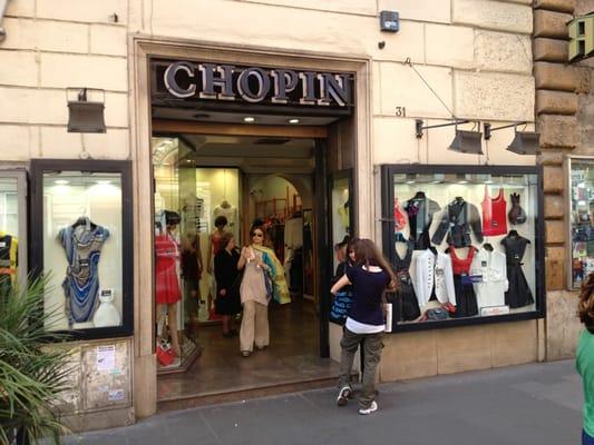 Chopin abbigliamento femminile via ottaviano 31 prati for Corso roma abbigliamento