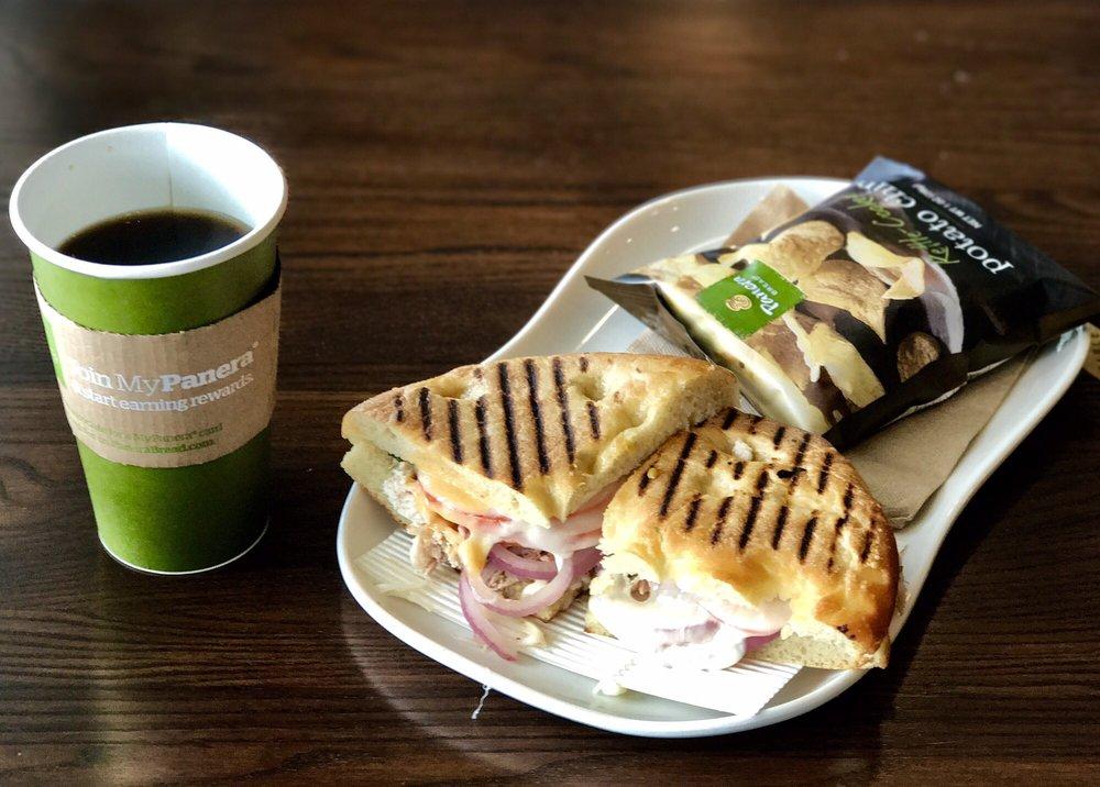 Panera Bread: 4600 Hardy St, Hattiesburg, MS