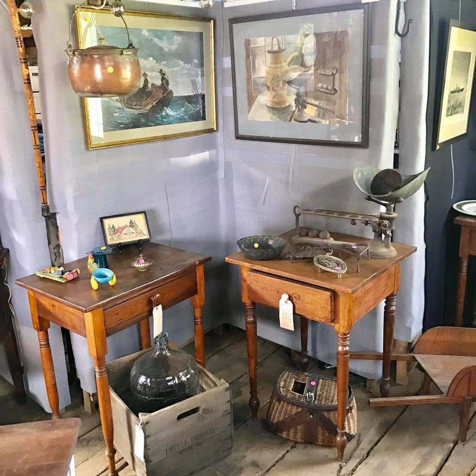 Penn's Farm Antiques & Other Treasures: 401 Zook Rd, Atglen, PA
