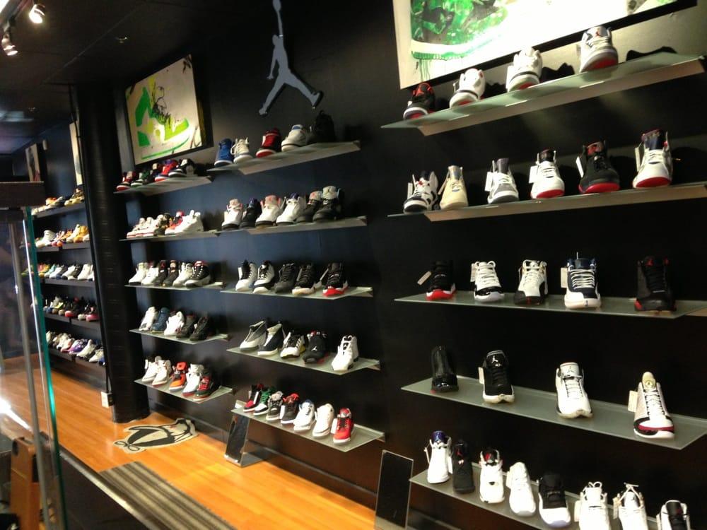 Recess Shoe Store Seattle