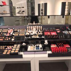 Photo of Giorgio Armani Boutique - Las Vegas, NV, United States. Armani  Beauty 65e05ca2396e