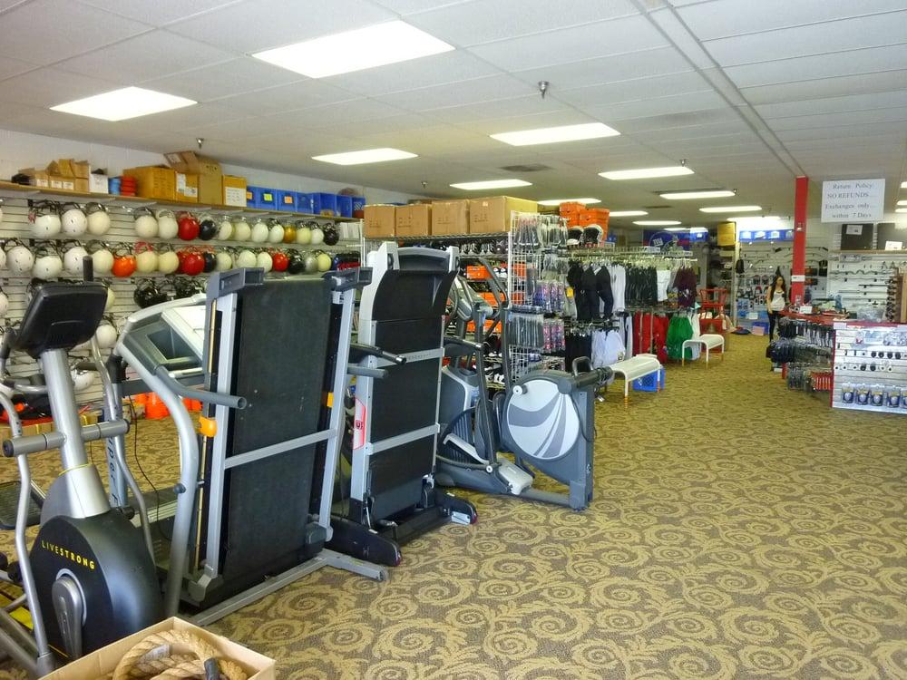 Sports Exchange: 1120 S Country Club Dr, Mesa, AZ