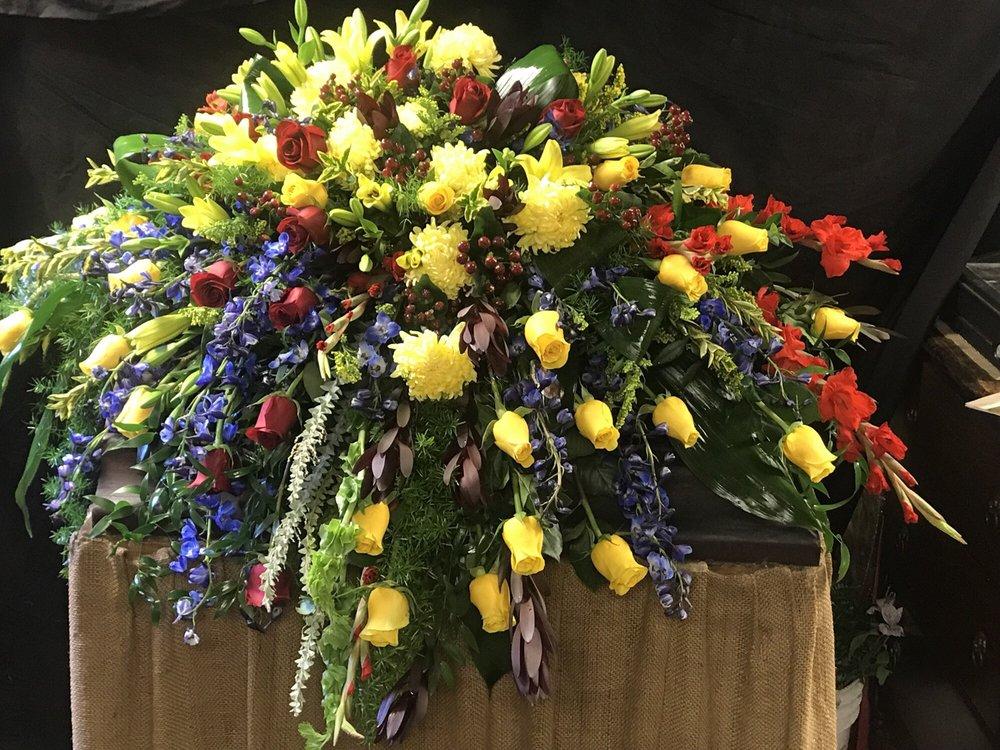 Always Yours Flowers By Shelia: 4345 Rigolette Rd, Pineville, LA