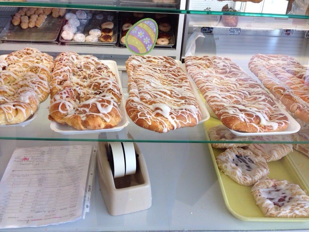 Pearson's Bakery: 102 Village Sq, Bradley, IL
