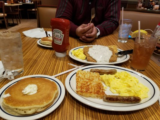 Ihop 156 Photos Amp 73 Reviews American Traditional