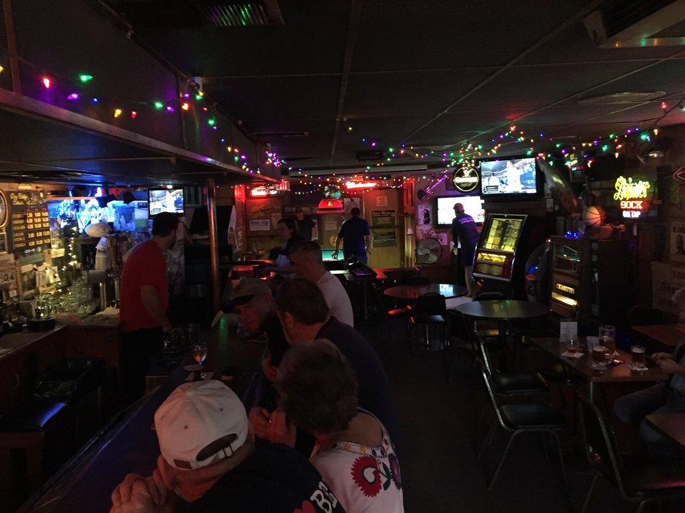 Deep Eddy Cabaret: 2315 Lake Austin Blvd, Austin, TX