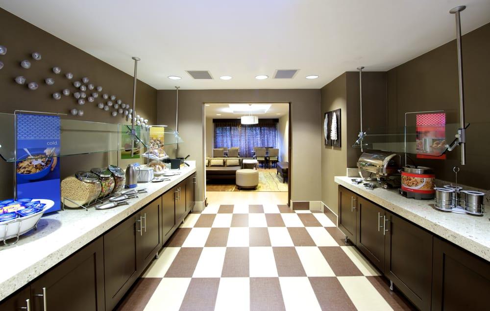 hampton inn atlanta mall of georgia 22 photos 15. Black Bedroom Furniture Sets. Home Design Ideas