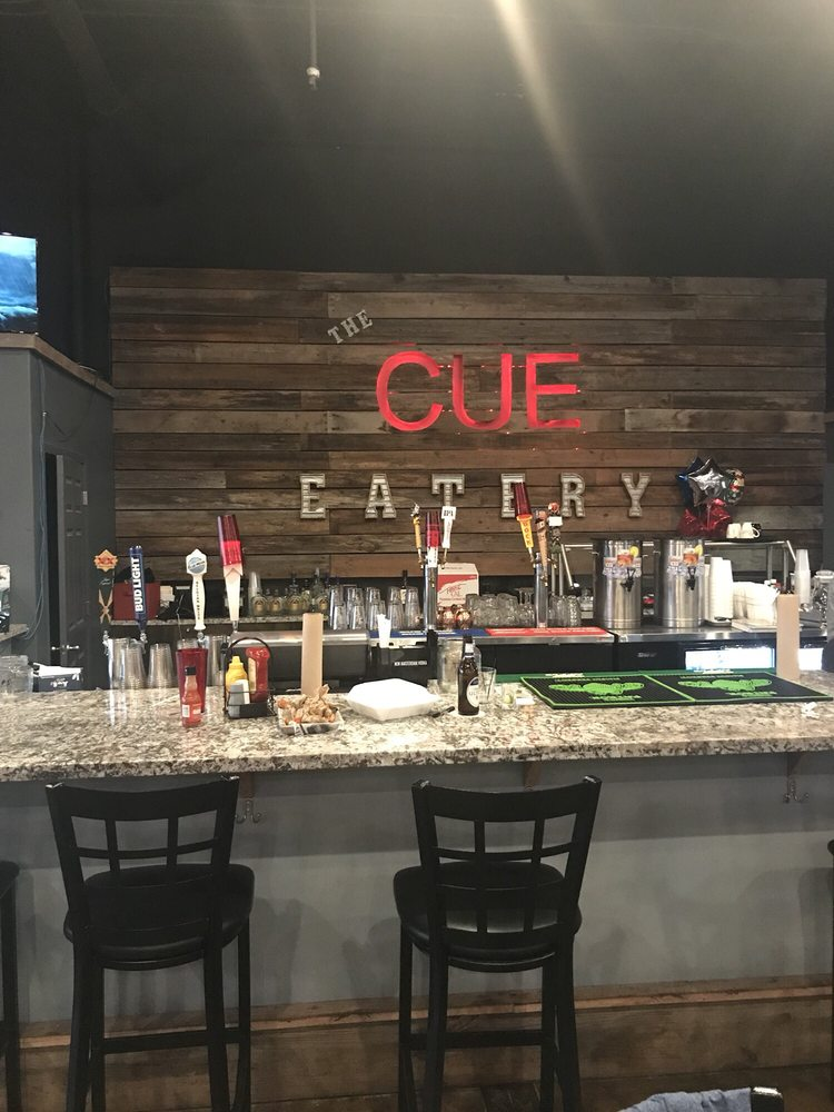 The Cue Eatery & Poolhall: 1205 N 10th St, Arkadelphia, AR