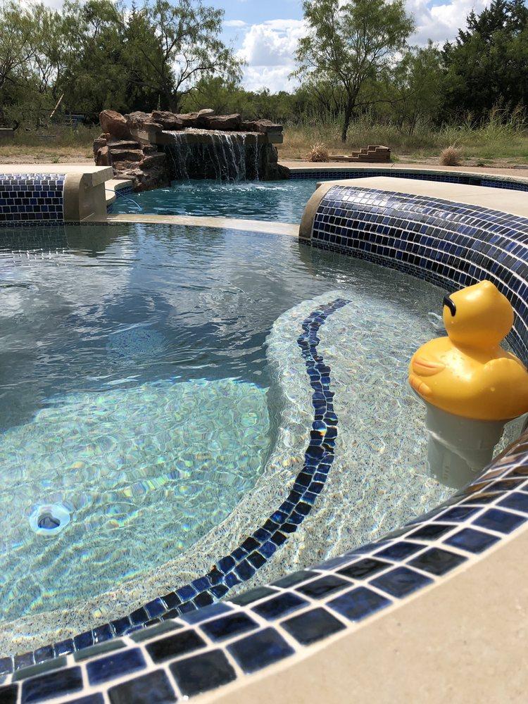 Matt's Water Pool Services: 312 N Main St, Corsicana, TX