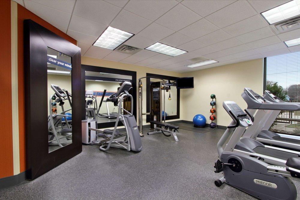 Hampton Inn & Suites Exmore - Eastern Shore: 4129 Lankford Hwy, Exmore, VA