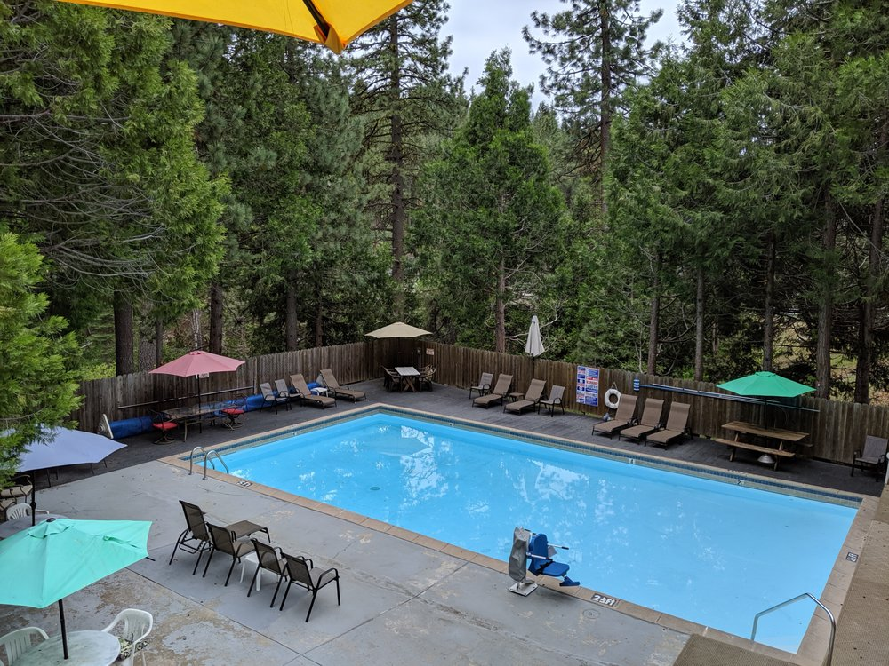 Rivers Resort Rentals: 28635 Herring Creek Ln, Strawberry, CA