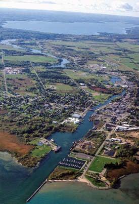 Cheboygan County Marina: 1080 N Huron St, Cheboygan, MI