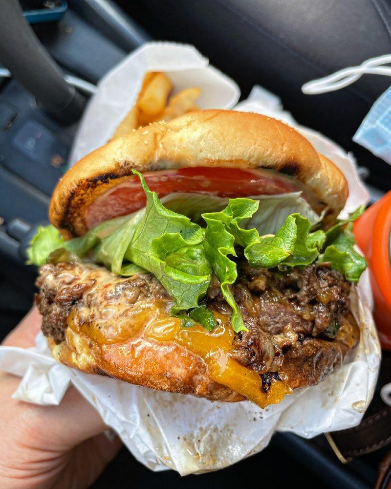 Five Stars Family Burger: 1284 E Baseline, Cornelius, OR
