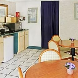 Photo Of Airport Inn Parking Vandalia Oh United States