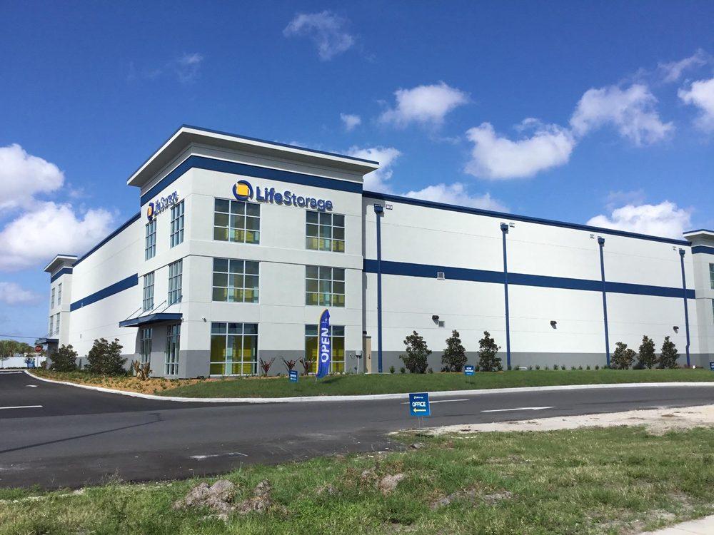 Life Storage: 1225 Missouri Ave N, Largo, FL