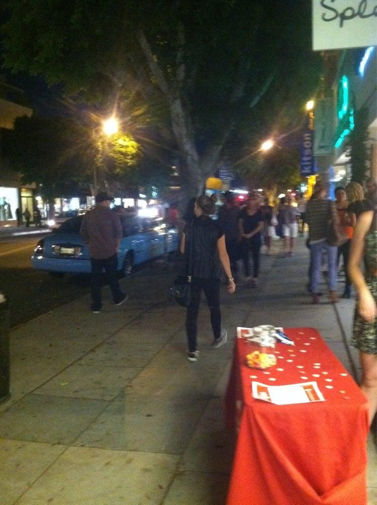 Robertson's FNOLA: Robertson Boulevard Retailers, Los Angeles, CA