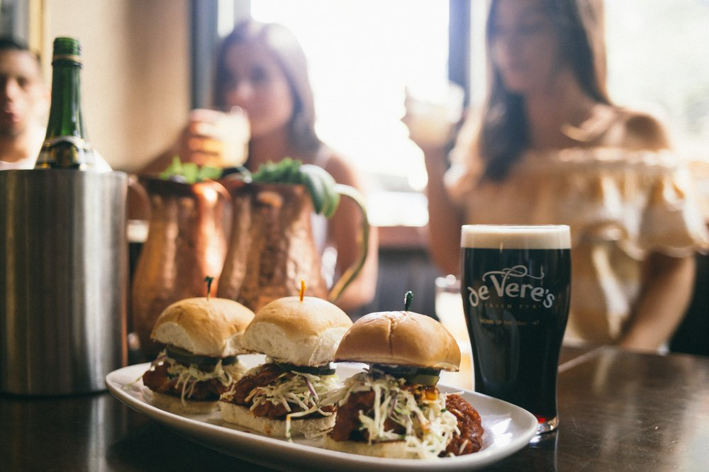 Social Spots from De Vere's Irish Pub
