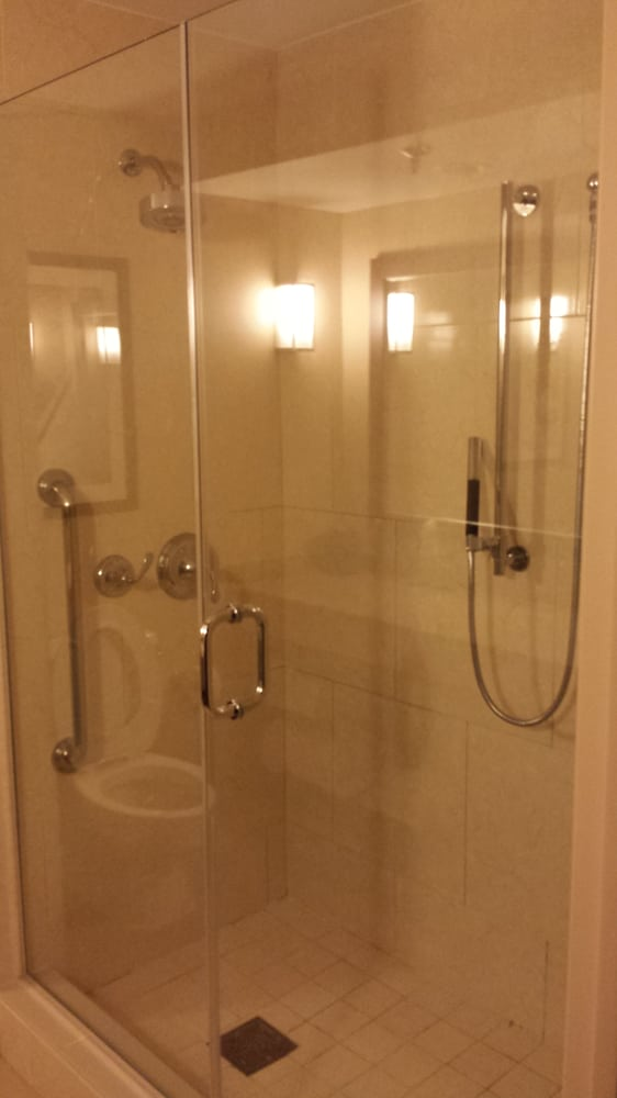 Huge walk in shower - Yelp