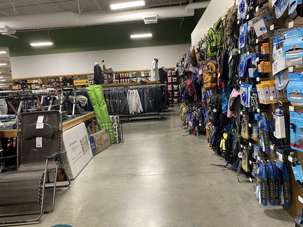 Sportsman's Warehouse: 10645 NE Tanasbourne Dr, Hillsboro, OR