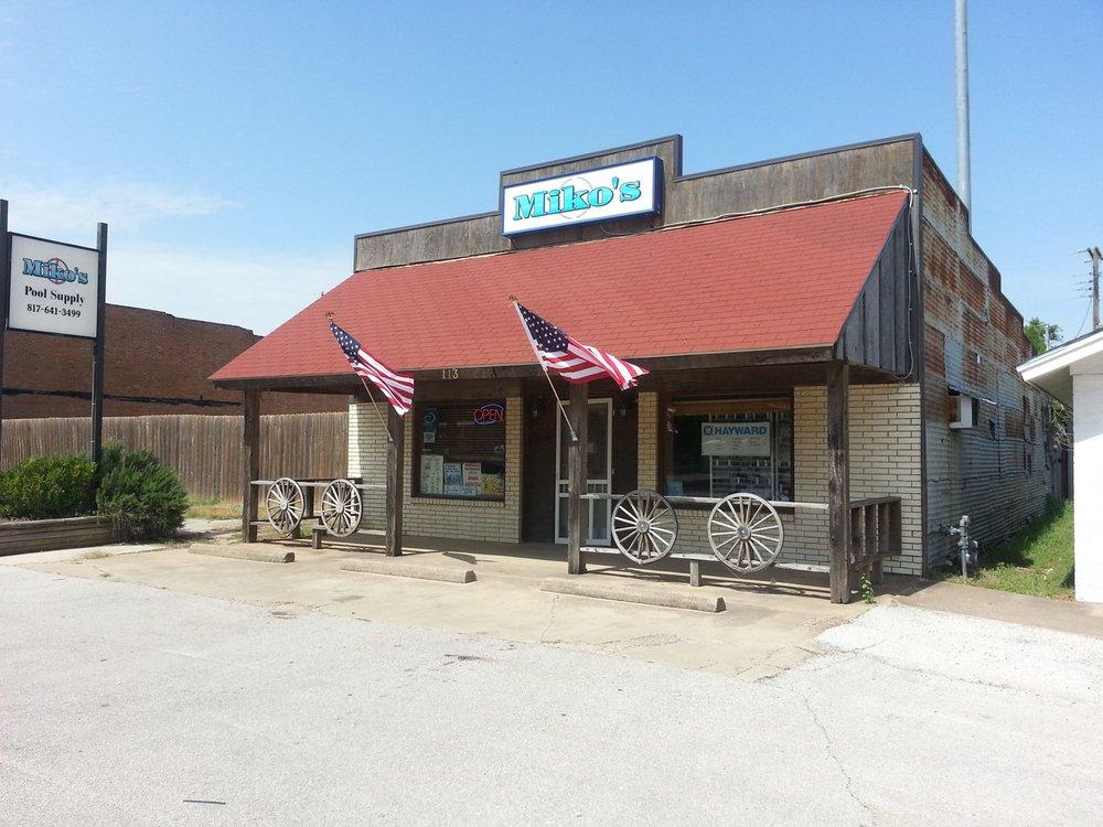 Miko's: 113 N Main St, Joshua, TX