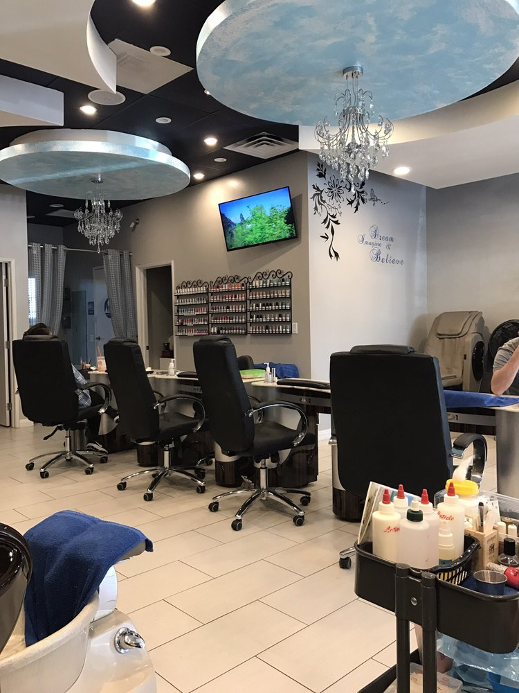 Dreams Nails & Spa: 5000 Santa Rosa Rd, Camarillo, CA