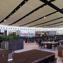 8c90f82297b7d Outlet Premium - Shopping Centers - Estrada do Côco