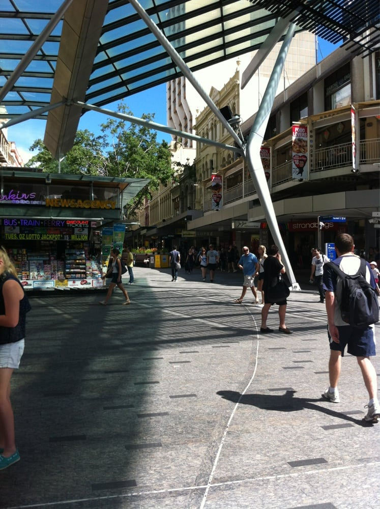 how to get to queen street mall