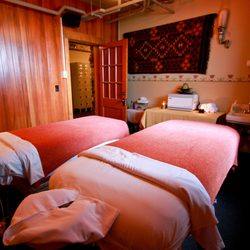 Mcmenamins Grand Lodge Spa