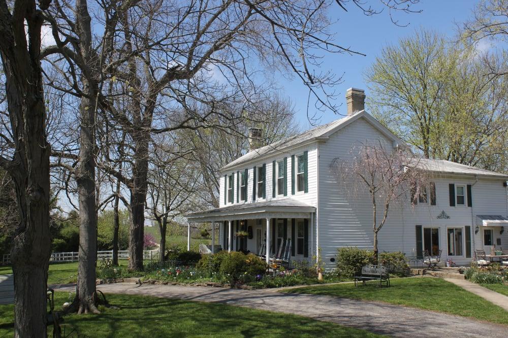First Farm Inn: 2510 Stevens Rd, Petersburg, KY