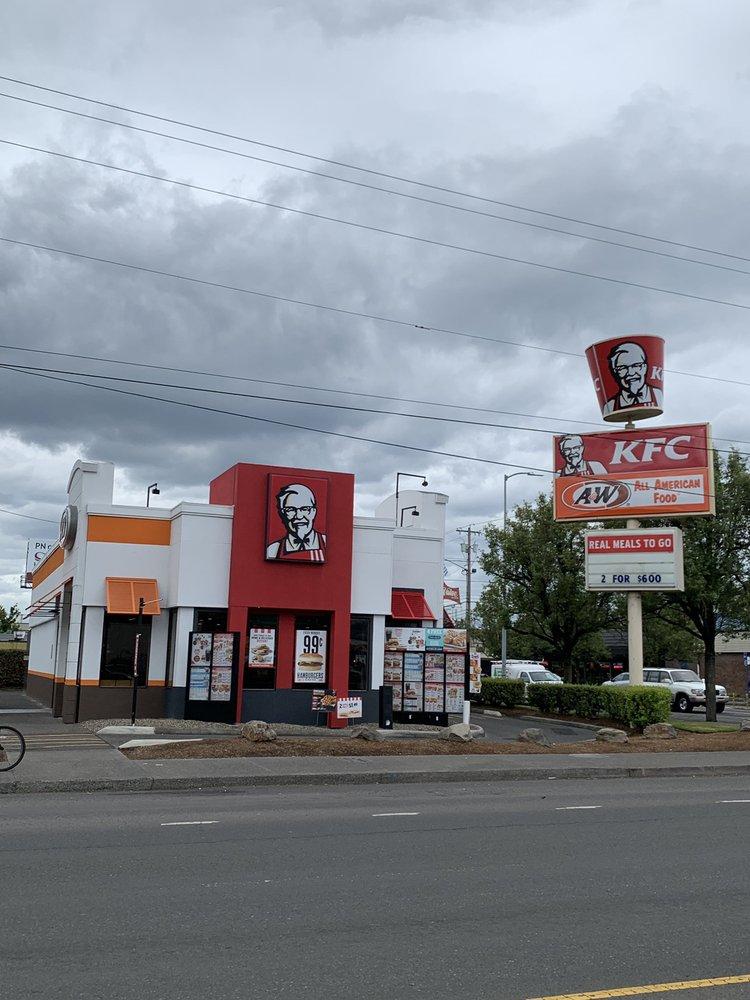 KFC: 8131 SE Powell Blvd, Portland, OR