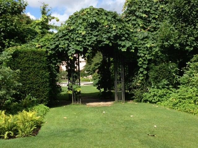 The Garden of St John's Lodge
