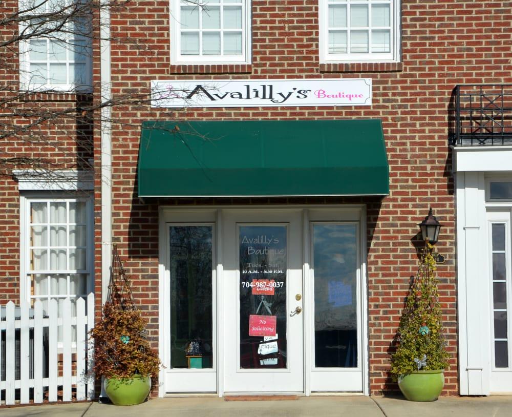 Avalilly's: 21341 Catawba Ave, Cornelius, NC